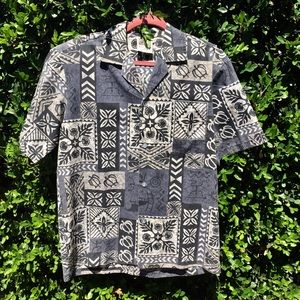 Other - Made in Hawaii Aloha Print Shirt Size Medium